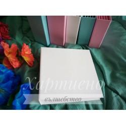 Blank for the album - 17/17/5 cm white