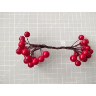 Decoration balls on wire - red