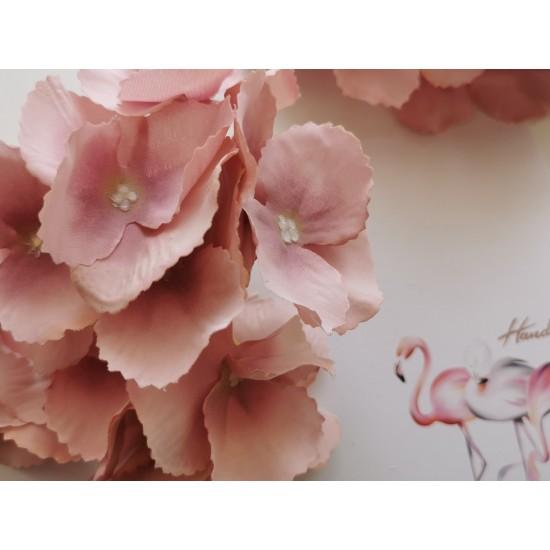 Stem hydrangeas - pink